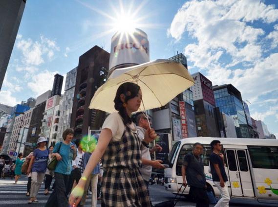 ВЯпонии занеделю из-за жары госпитализировали неменее 5,5 тыс. человек
