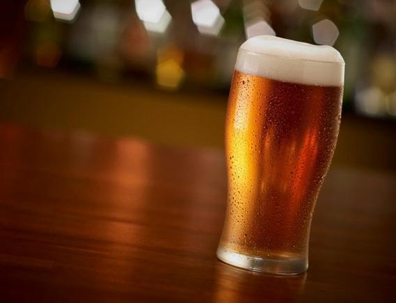 v-karti-na-razdevanie-pod-pivo